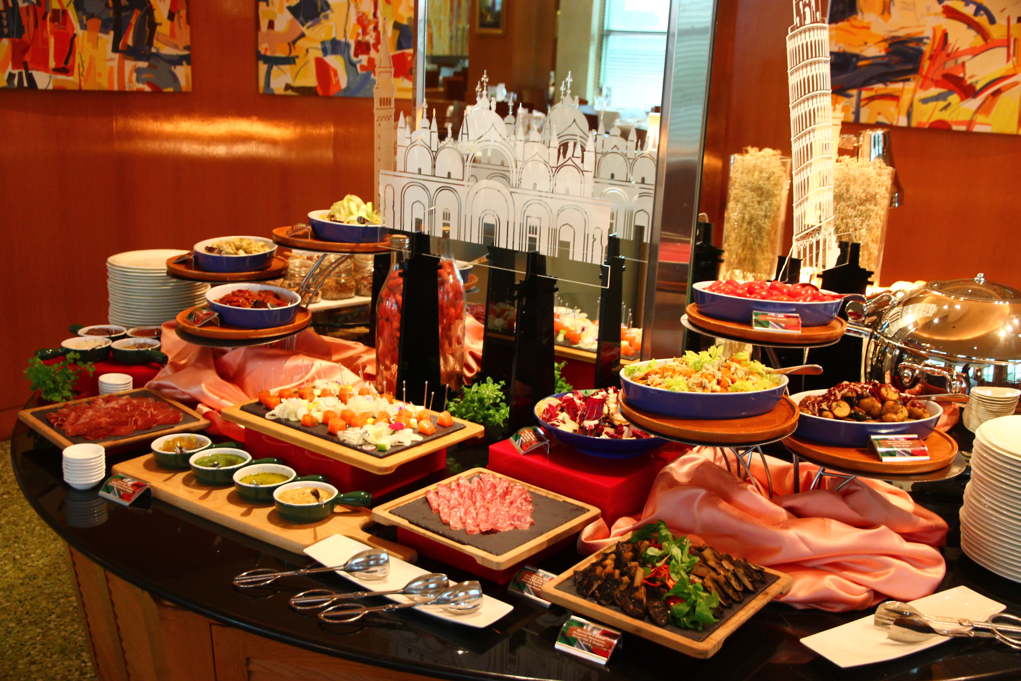 Grand Copthorne Waterfront Hotel Buffet