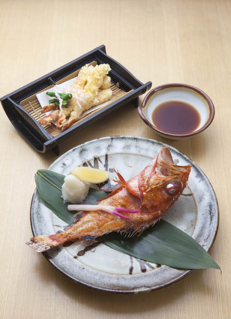 Keyaki Hokkai Course-Grilled Kinki Fish and Snow Crab Tempura