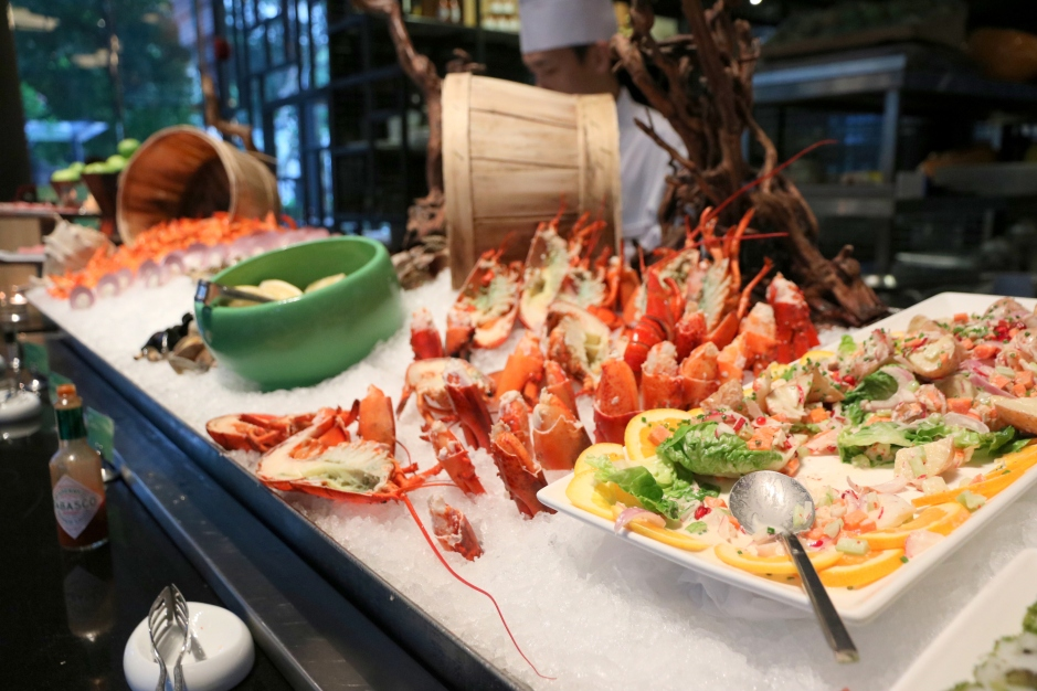 Parkroyal On Pickering Lime Restaurant Seafood Buffet: Snippets: Lobsterfest At LIME Restaurant PARKROYAL On