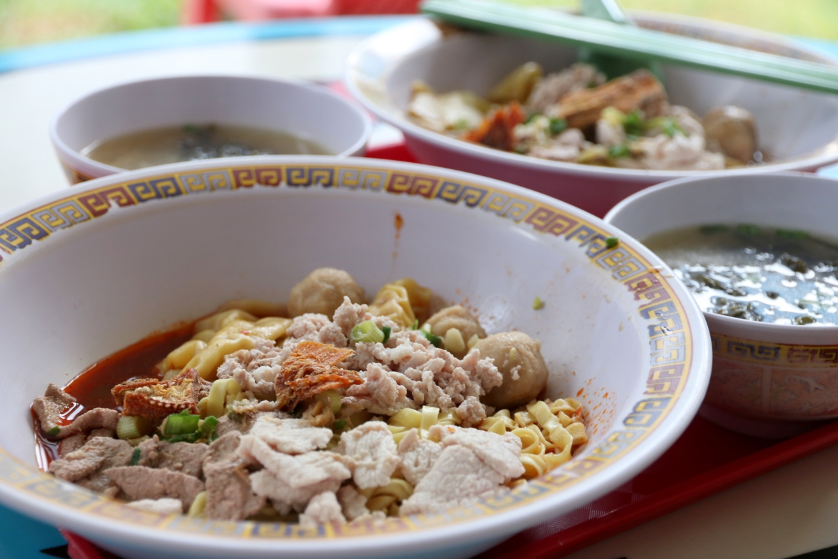 Food Review: Hill Street Tai Hwa Pork Noodle at Crawford Lane   Singapore hawker stall with One Michelin Star