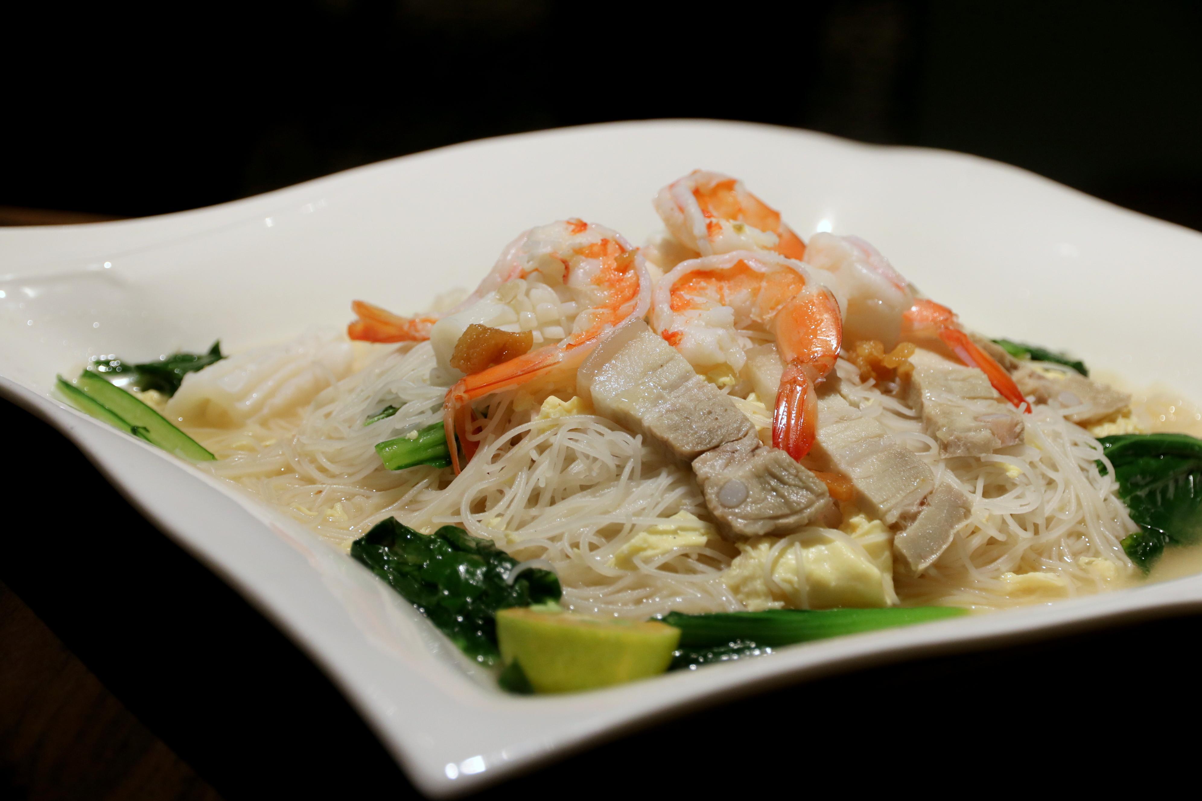 food review white rose caf at york hotel singapore wok. Black Bedroom Furniture Sets. Home Design Ideas