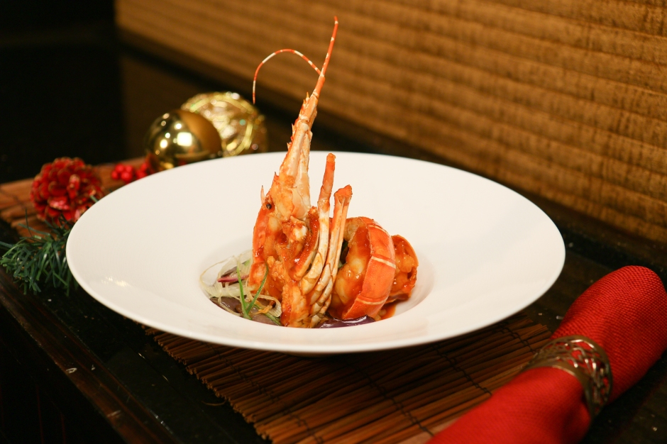 shang-palace-stewed-eggplant-with-lobster