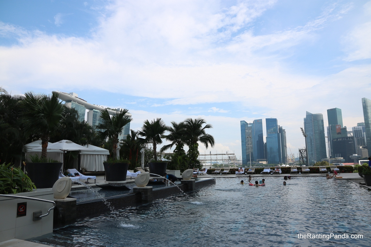 Hotel Review Mandarin Oriental Singapore Staycation Best Of Class Club Lounge And Swimming