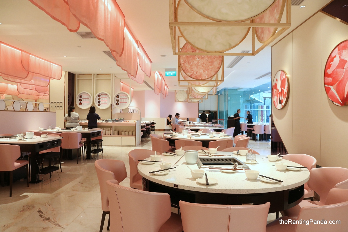 Food Review: Beauty in the Pot opens Third and Largest outlet in Singapore | Pretty Pink Interior Theme at OneKM Mall (again)!