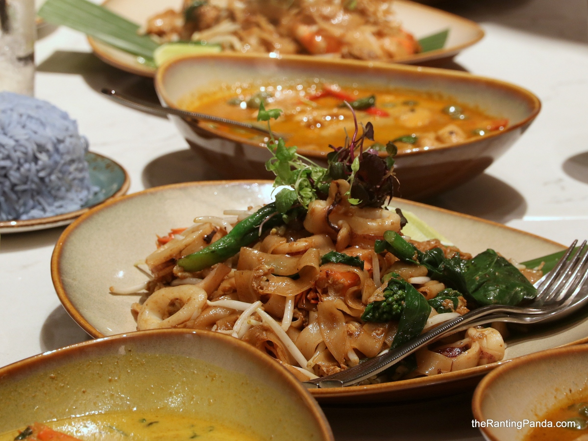 Food Review: Blue Jasmine at Park Hotel Farrer Park | Halal Thai Restaurant in Little India