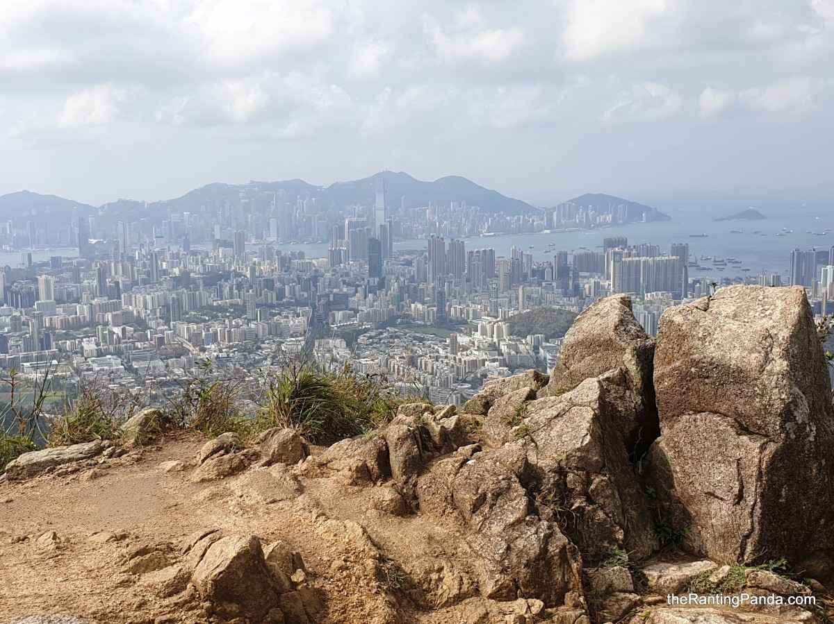Snippets: Best Hikes You Must do in Hong Kong | Tips on walking the trails of Dragon's Back, Lion Rock & Sunset Peak