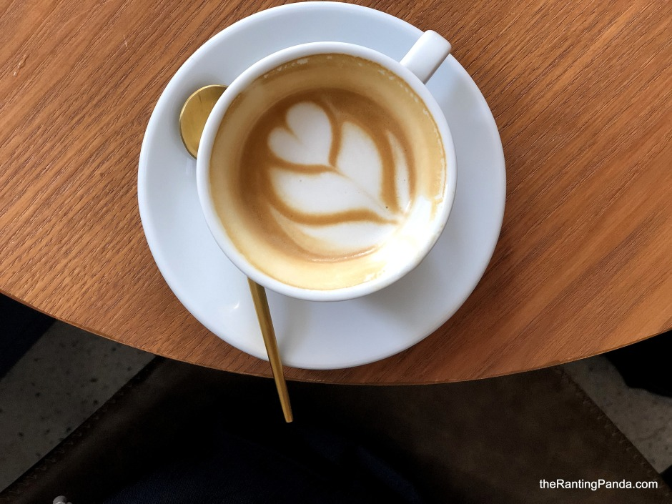 Food Scoops: Maxi Coffee Bar At Ann Siang Hill | Blue ...